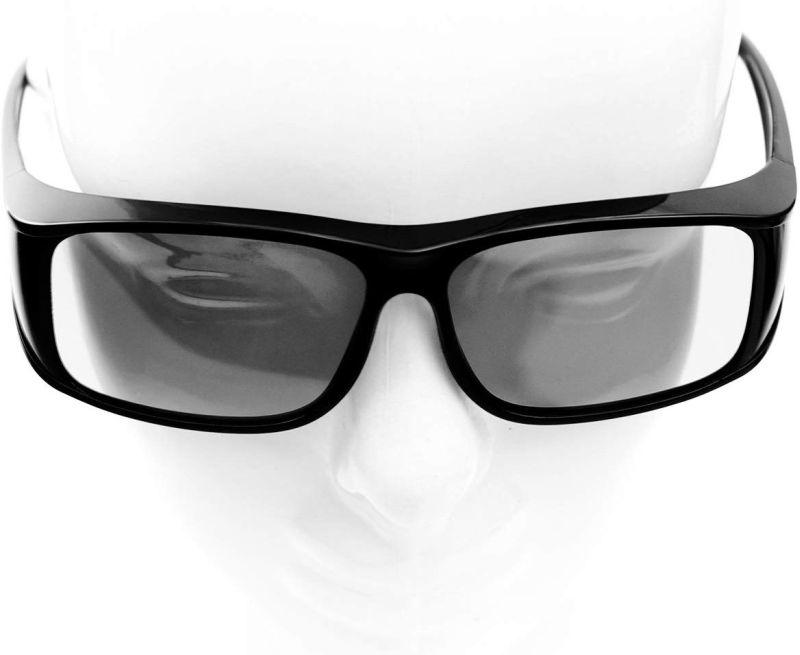 Qual è la differenza tra gli occhiali 3d attivi o passivi?